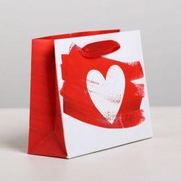 Пакет подарочный ламинированный горизонтальный Love, S 15 x 12 × 5,5 см   4479151
